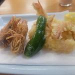 四ツ木製麺所 - 車えび天ぷら