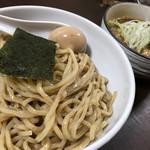 あやめ - 料理写真:煮干し風味の醤油つけ麺 大盛 味玉(780+100+40円)