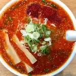 信長ラーメン - 料理写真:激赤いラーメン 1000円 + 麺大盛 135円