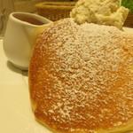 幸せのパンケーキ - 雪がかかってるみたい