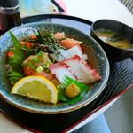 ワーサン亭 - 海鮮丼