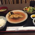 よりみち(縁道) - かれい煮付け定食850円