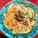 ラ・タッパ フィッサ - ラ・タッパ フィッサ@元町 菜の花とベーコンのパスタ