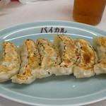 白乾児 - 料理写真:焼き餃子