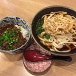 大盛うどん - 料理写真:ごぼう天うどん&カレーめし(小盛り)