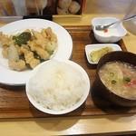 苗老太 - 豚肉の塩山椒炒め定食