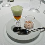 L'Effervescence - ハロー〜 鳩、伊勢海老、豆、ルバーブと日本酒