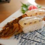 球屋 - 活き車えび寿司 大物