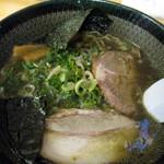 麺処すーサン - 黒ラーメン