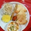 パキスタン レストラン サナ - 料理写真:チーズナンセット チキンカレー