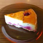 69471433 - フランボワーズのチーズケーキ