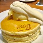 69472748 - ハーフサイズスペシャルパンケーキ【料理】