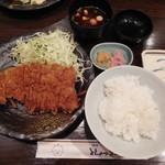 とんかつ三太 - ロースカツ定食¥1300-