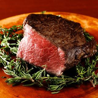 特製レンガ窯でじっくり焼き上げる産地直送の国産肉