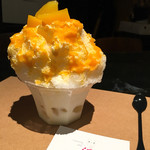 HAU - かき氷(マンゴーミルク)