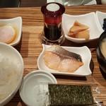 カフェ・アルコ スタツィオーネ - 和朝食