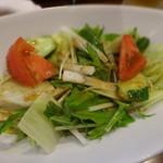 馬やど - 季節野菜の馬宿サラダ(ハーフサイズ) \350