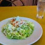 イルミオ - サラダがボリュームたっぷり