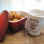 お菓子のワイユー 加賀屋店 - プチオキナワをコーヒーと♡