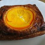 パンのくま小屋 - オレンジとクリームチーズ