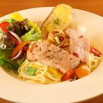 ステーキ&ビア ビストロ・パプリカ - フライッシュケーゼのペペロンチーノ