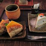 Cafeゆう - ボキらが注文したのはディナーセット。 数量限定のクロワッサンサンド+ケーキセットで1350円。 「サンド」「ドリンク」「デザート」がそれぞれ選べるようになってます。