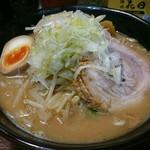 麺処 花田 - 料理写真:味噌、味玉