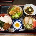 遊食家 ゆがふ - 生七味丼とミニ沖縄そば