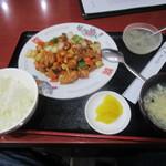香酒縁 - Eの鶏肉とカシュナッツ炒めでございます
