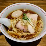 麺尊RAGE - 麺尊RAGE(軍鶏そば900円+味玉100円)