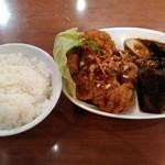 台南担仔麺 - 大満足セット(油淋鶏&豚の角煮)