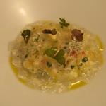 ナイン ストーリーズ - 前菜:蟹とコリアンダーのタルタル カリフラワーのブラマンジェ2