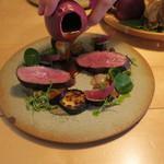 ナイン ストーリーズ - 肉料理:マグレ鴨のロースト ジュとベリーのソース3