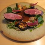 ナイン ストーリーズ - 肉料理:マグレ鴨のロースト ジュとベリーのソース4
