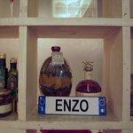 エンゾ パステリア - 2010: 飾り棚のENZO