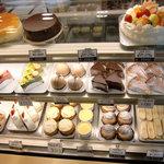 ミルクパーラー洋菓子店 - 料理写真: