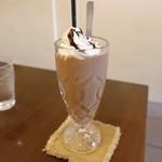 カフェ エストレア - ☆【カフェ エストレア 大須店】さん…チョコバナナスムージー(≧▽≦)/~♡☆