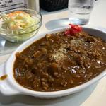 グランドルート66 - ★おすすめカレーコース ・キーマ風ひき肉のビーフカレー ・サラダ ・ニューヨークチーズケーキ ・ホットコーヒー