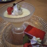モア - コースのデザート