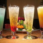 水蓮月 - 綿菓子カクテル! ◆シャーリーテンプル(ノンアルコール) ◆サラトガ・クーラー(ノンアルコール) ◆カシスオレンジ ◆チャイナ・ブルー