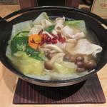 満月 - 豚の小鍋 780円(冬限定)