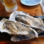 酒飯場ででででん - お通しの蒸し牡蠣