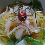 炭火焼き居酒屋 串道楽 - 料理写真:梅風味冷麵始めました
