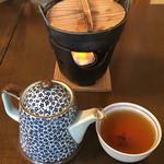 茶寮 弁治 - 料理写真:湯豆腐準備中