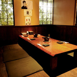 個室席完備!最大30名様までご利用OKの個室あり。