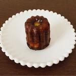 ラ・メール・ブランシュ - 料理写真:カヌレ 210円 もっちりしていて、とっても好み♡