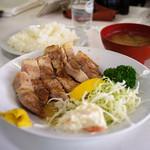 源氏食堂 - ブタ肉塩焼きライス