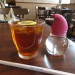アラディン - 紅茶はニルギリオレンジペコを使用