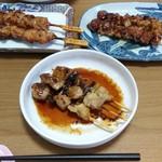 69525001 - 今回の食べ比べ。手前:ハセガワストア、左奥:「L」、右奥:「F」