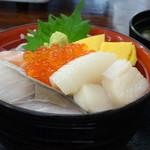 帆立小屋 - 海鮮丼